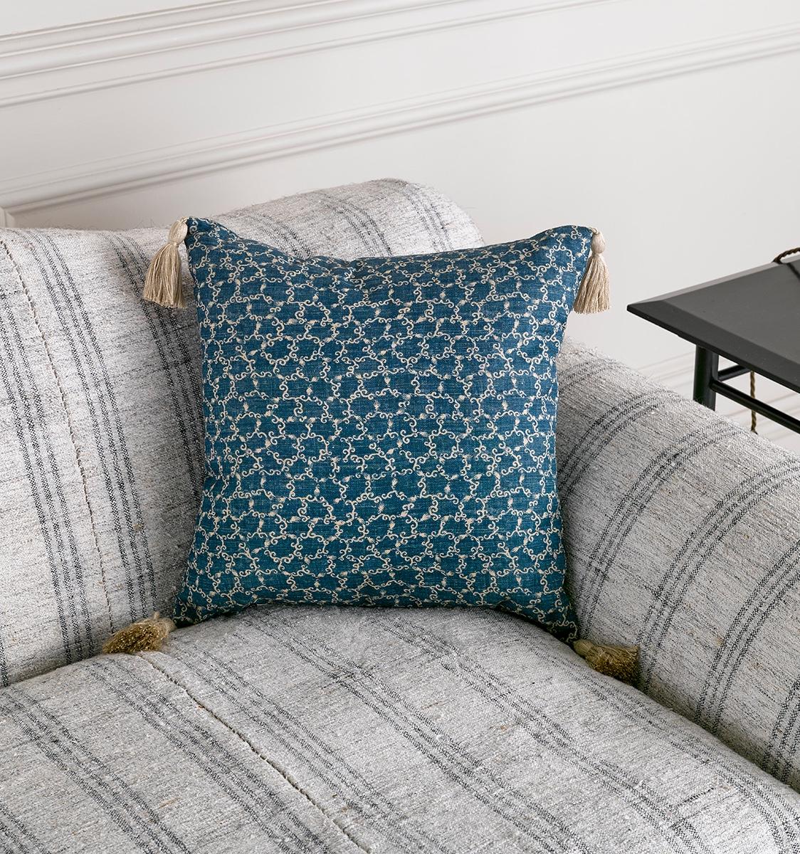 Te Fabric Cushion