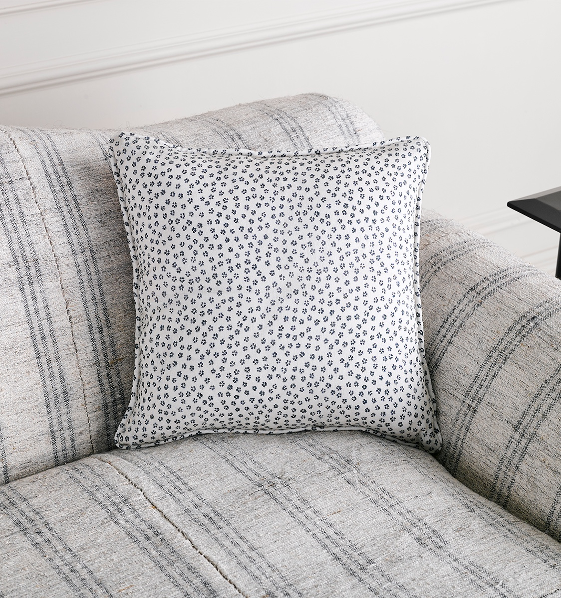 Hizakura Fabric Cushion