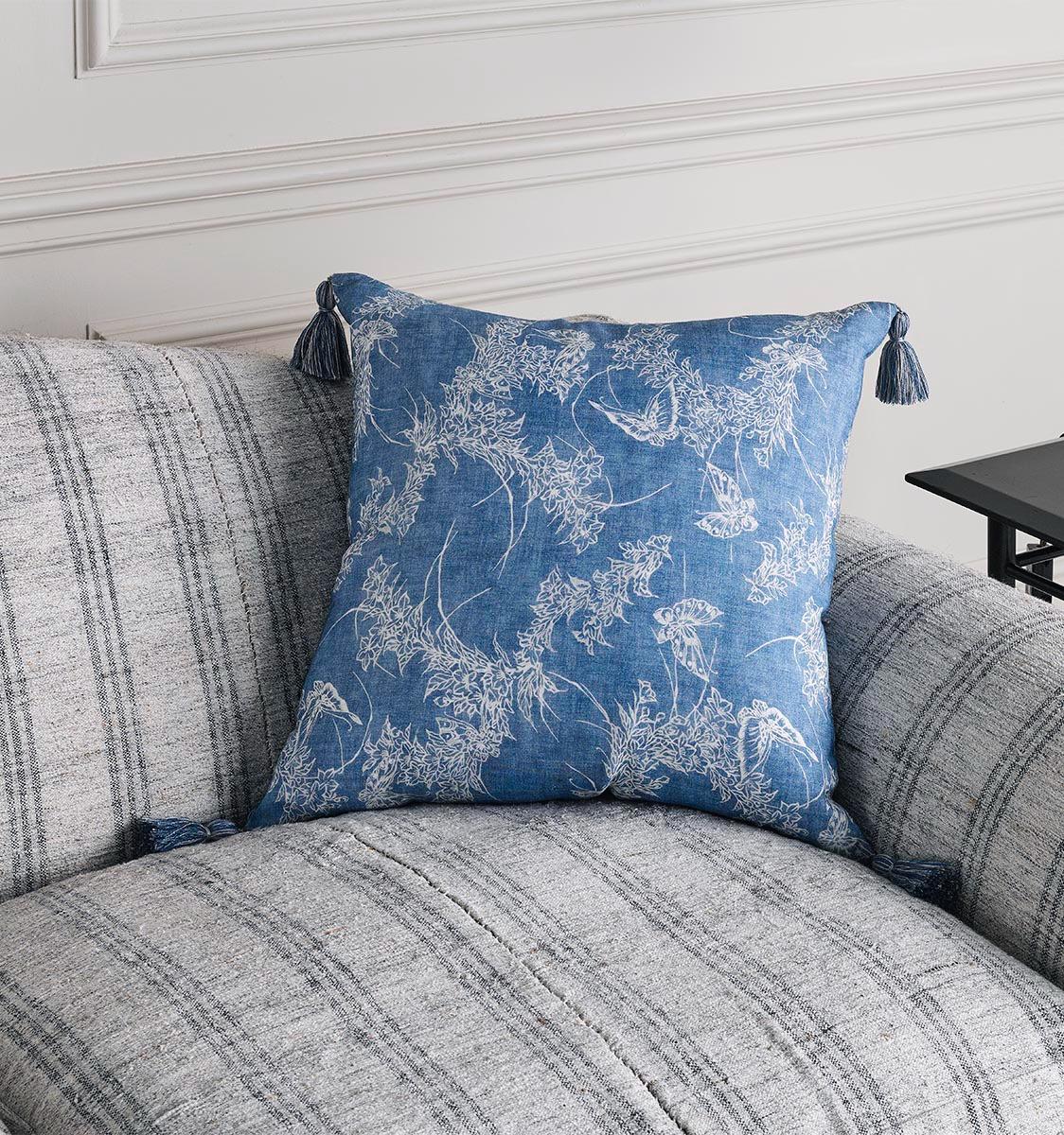 Chou Fabric Cushion