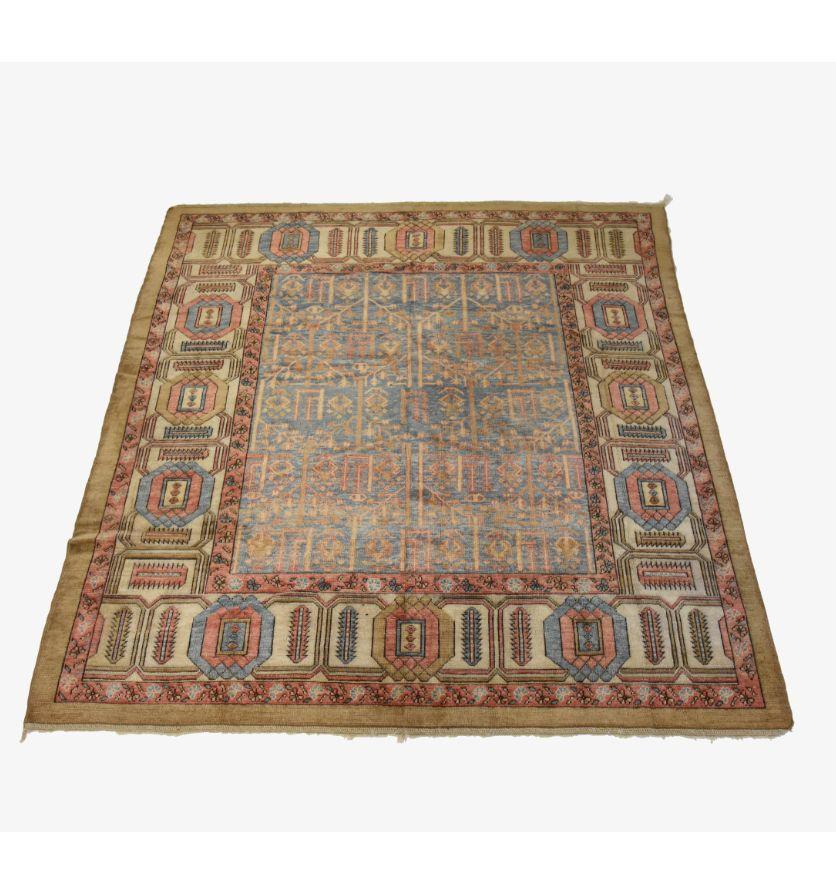 A Bakhshayesh carpet